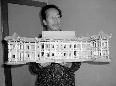 牙签柴5000根筷子200双兰州艺人造出蝴蝶楼