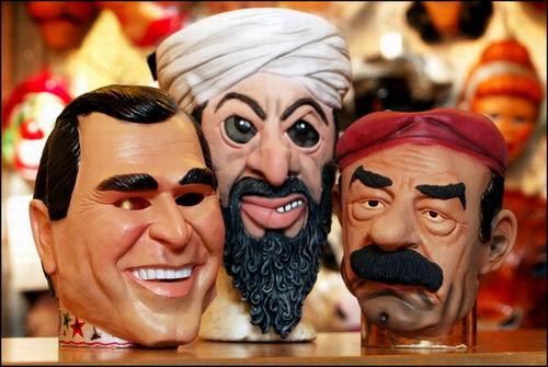 图片说明:萨达姆,拉登,布什头像玩偶