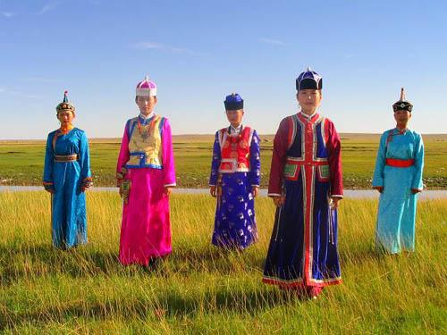 肃北蒙古族的服饰