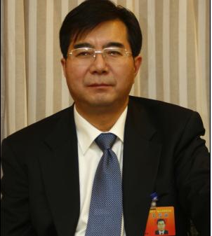 """张掖市委书记陈克恭谈""""生态经济"""""""