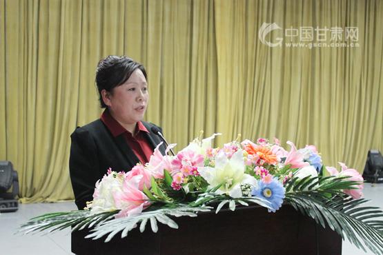 佳木斯市第十九中学副校长靳艳萍宣讲