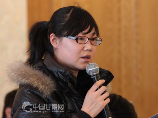 《香港大公报》驻甘记者站记者提问