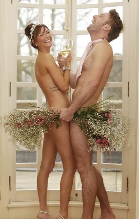 高清:苏格兰婚博会推火辣裸体婚礼派对秀