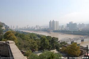 兰州将修整7.7公里黄河河堤