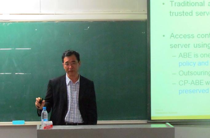 新加坡管理大学教授来兰州理工大学学术交流