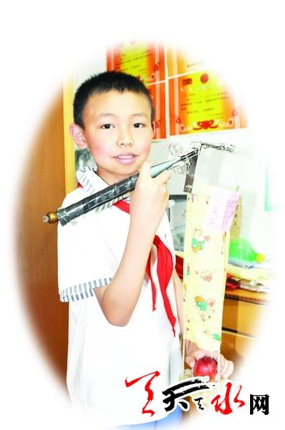 天水:10岁少年的小发明(图)