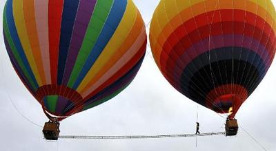 气球西瓜造型步骤