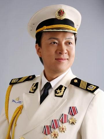 著名男高音歌唱家吕继宏
