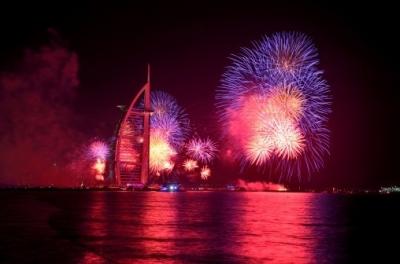 迪拜尝试打造史上最隆重烟花新年庆典