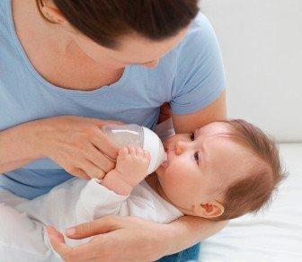 新生婴儿奶粉喂养注意事项