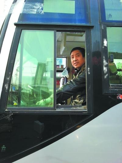 """定西通渭:通往牛坡的""""免费客车""""/图 - 跋涉者 - 跋涉者BCH-N欢迎您"""