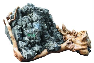 神奇的朽木艺术——著名雕塑家郑兴国的艺术之路