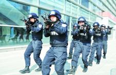 """6000警力护航""""兰马赛""""等重大节会"""