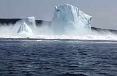 加海域冰川崩塌引巨浪夫妇险遇难