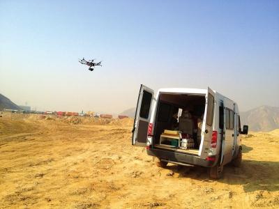 兰州冬防用上无人机 空中抓拍环境违法