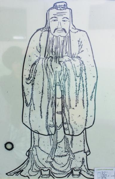 蛋壳中出来的小动物简笔画