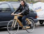 德国设计师发明木质电动自行车 售价高达3000欧元