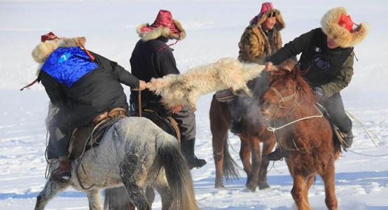新疆雪上叼羊大赛