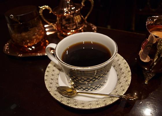 女性每天饮用4~6杯咖啡,乳腺癌发病率降低25%~70%?