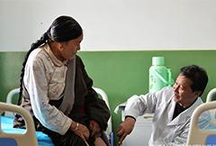 甘肃甘南:藏医药特色诊疗缓解群众看病难