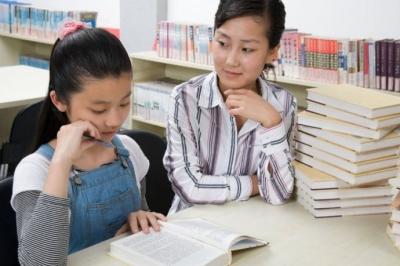 【2015高考】心理咨询团队考前为高三学生和家长支招
