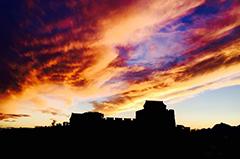 金山岭长城傍晚上演壮美火烧云