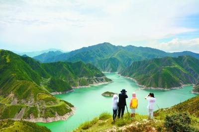 甘肃省引洮工程九甸峡水库美不胜收