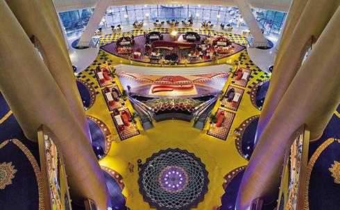 英记者体验迪拜七星级酒店 金碧辉煌极具奢华