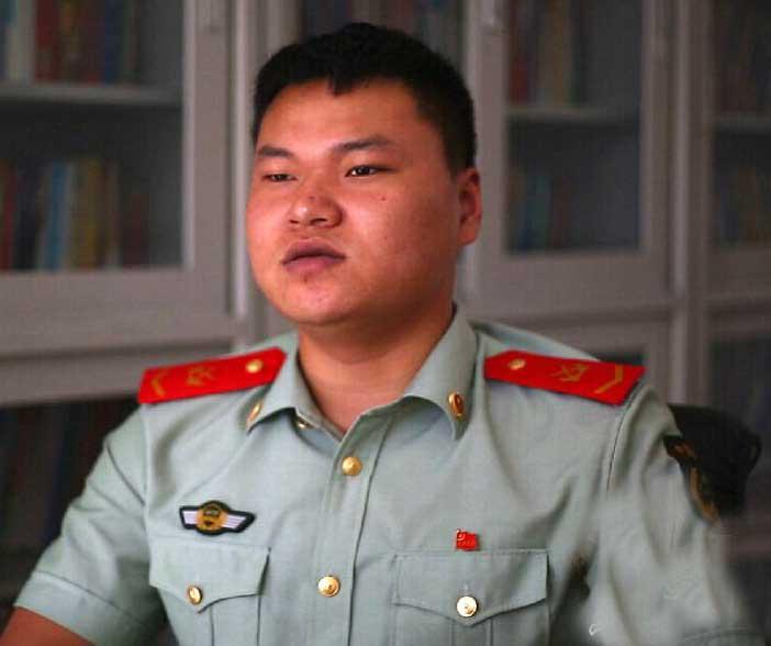 北京消防战士杜宝珠:战友走好 咱爸妈还有我