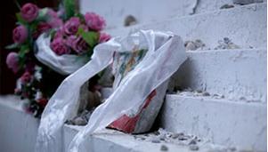 微电影:飘去的白丝巾