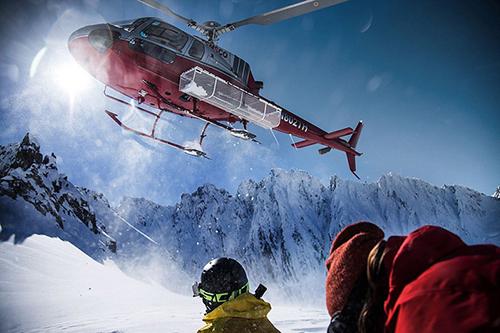 极限勇士垂直山坡挑战滑雪惊心动魄