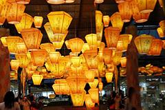 香港新春孔明灯 祝愿心想事成