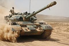 解放军装甲兵第一视角坦克大战