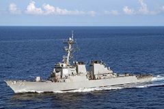 """美国指责俄战机对美军舰进行""""模拟攻击"""""""