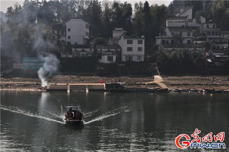 是黄山——徽州古城歙县——千岛湖黄山旅游线上的一颗璀璨明珠.