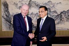 李克强在京会见加拿大前总理