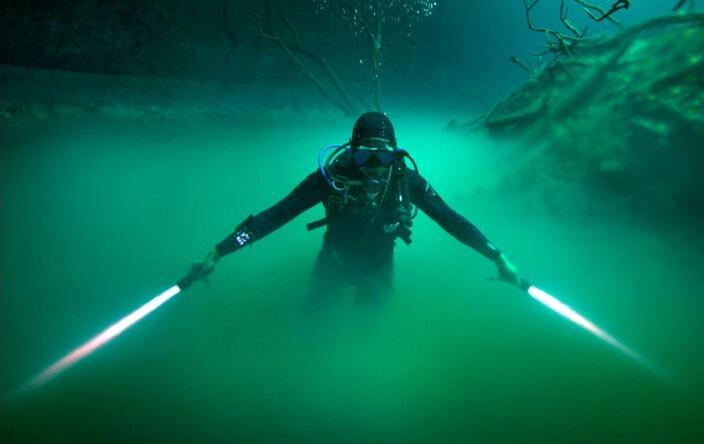 潜水员成绝地武士