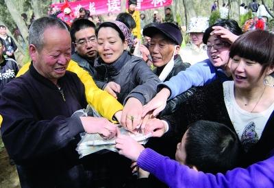"""""""兰州好人""""李家祯:用团队的力量传递更多正能量"""