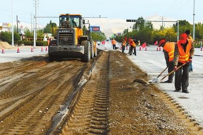 敦煌部分路段实施提升改造工程