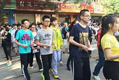 甘肃25.5万余名考生步入高考考场