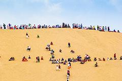 敦煌大漠端午小长假游客量再创历史高峰