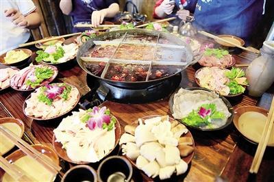 人均消费50-70元 重庆火锅全国最便宜