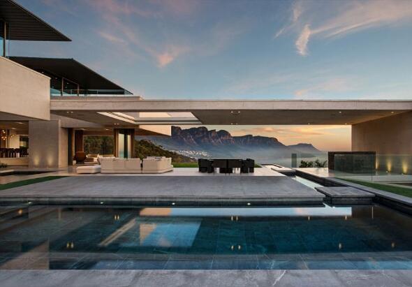 富豪花1.2亿买下非洲最贵宅邸 获赠保时捷(图)