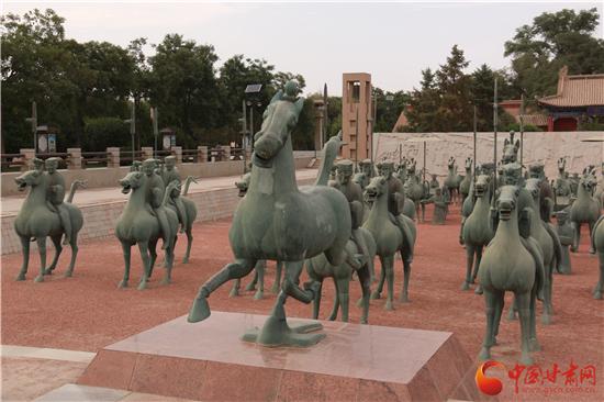台湾大学生走进雷台汉墓 探究中国旅游标志铜奔马的出土过程(组图)平川区-