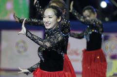 美女云集南京角逐全国啦啦操联赛总决赛
