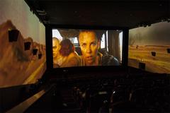 走进三屏影厅 裸眼体验270度全景观影