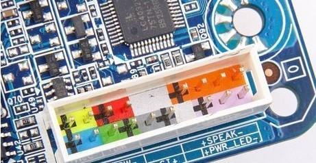 0开始,采用了双12v供电设计,主板的电源接口就从传统的20pin升级为24