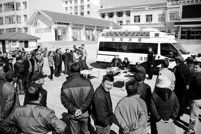 张掖肃南县法院切实加强普法宣传教育(图)