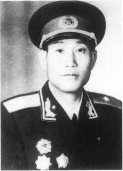 【网络媒体走转改】鲁瑞林:从长征中走来的陇原红色将军
