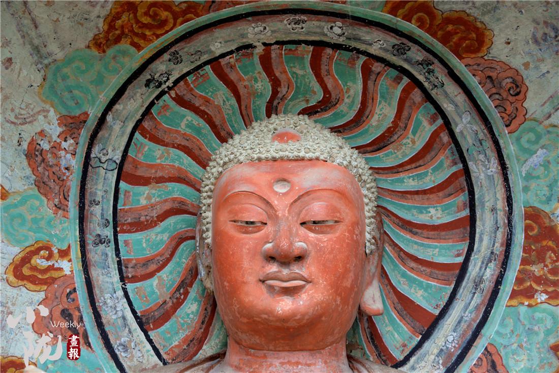 东方雕塑陈列馆里的东方微笑